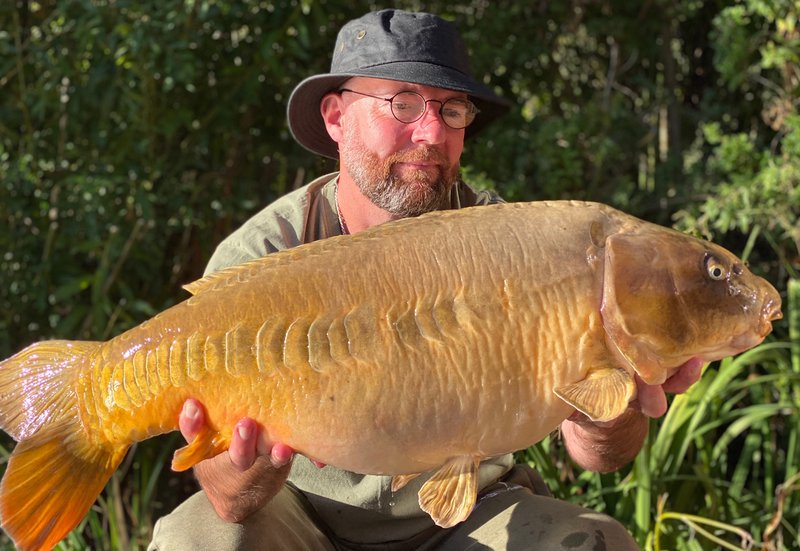 22-04 Mirror.......Happy days for Brian