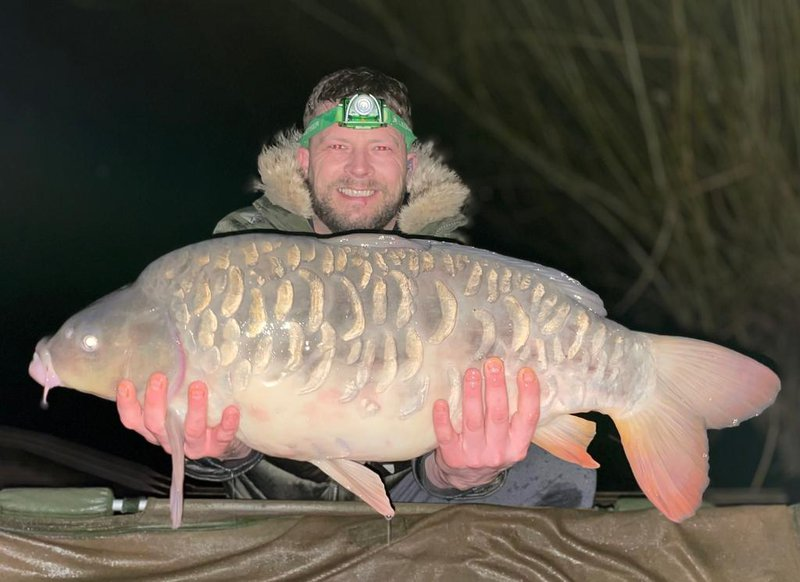 Andrew Scott with a stunning Mirror of 23lb from Cherry Mere