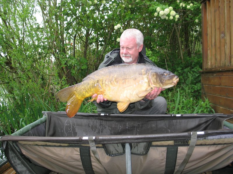 Anthony King 25-02 Mirror from Grebe Lodge