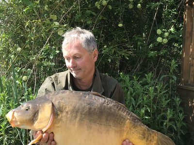 Keith Perry with a 28-08 Mirror from Heron Lodge