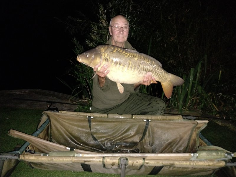 Alan Powell with a Cherry Springs Mirror of 29-11