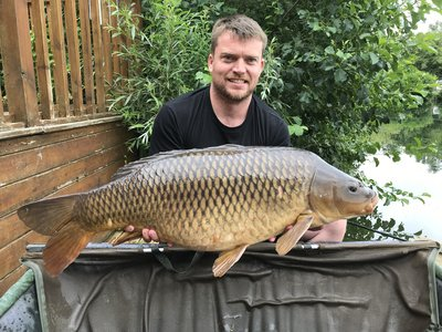 Dean Knott with a 31-06 Common. The biggest of his brace of thirties