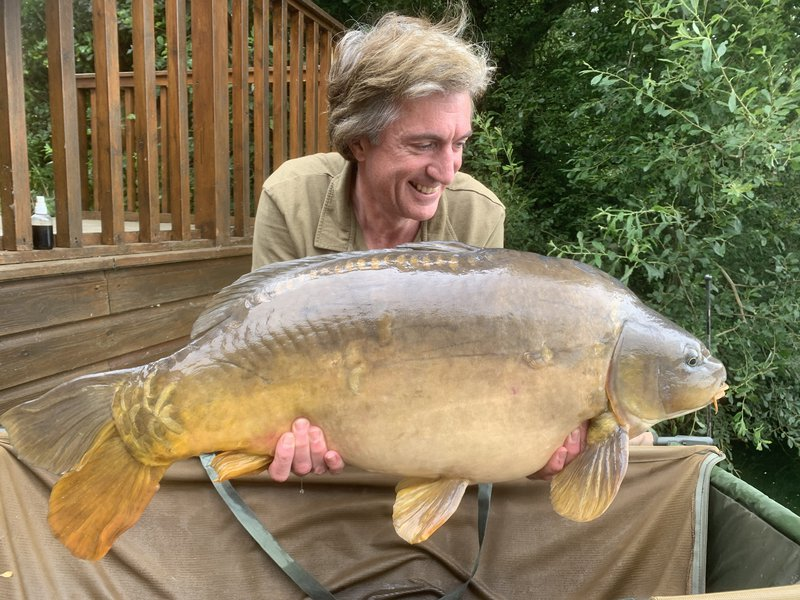 Andy Watts with a 31-08 Mirror from Heron Lodge