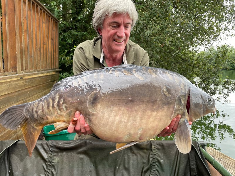 Andy Watts with the 'Grey Mirror' at 34-12