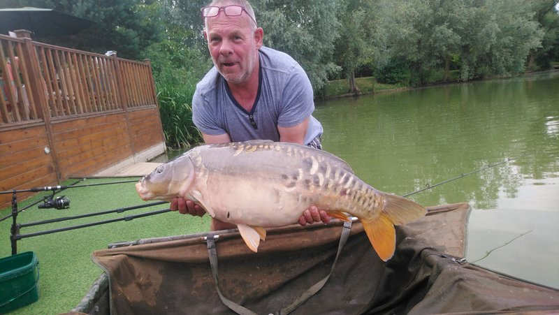 Andy Marshall with a 28lb Cherry Mere Mirror. The biggest of his trip to date.