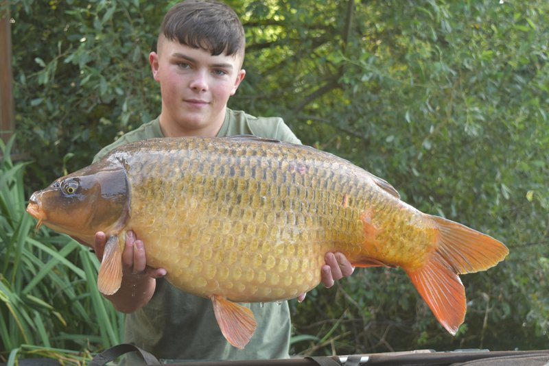 Tom Nixon-Taylor with a lovely 33-08 Ghost Common from Heron Lodge
