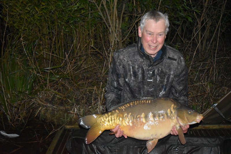 Clive Bashford with a 30-02 Mirror from Heron Lodge