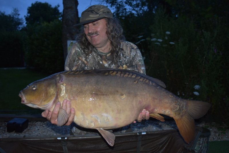 Paul Mitchell with 'Ruby'. This time from the Cottage swim at 42lb