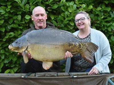Wayne and Amanda Poole 40-04 Mirror