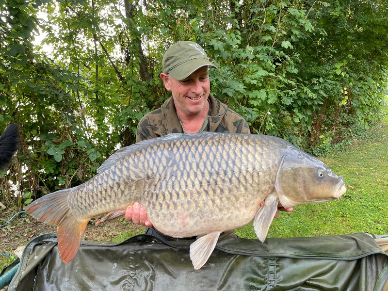 Dave Martin with 'The Swirl' at 38-08 from The Cottage swim.