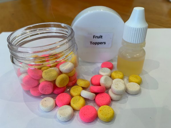 Digestible Toppers are available in all four boilie varieties.