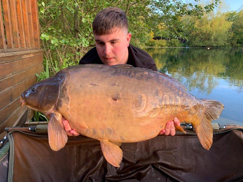 Callum Dodd with a 32-12 Mirror