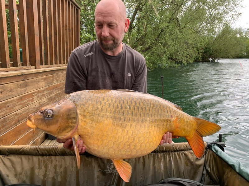 Paul Fitzgibbons with the big Ghost Common at 36lb from Osprey Lodge.