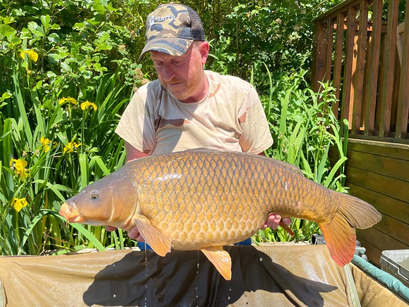 Chris Pollock with a 32-04 Common from Osprey Lodge