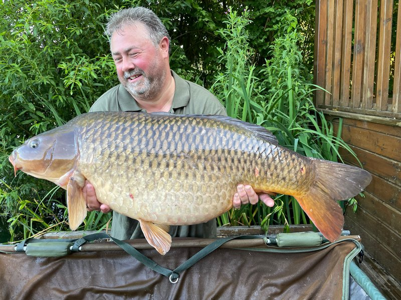 Jon Drake with a Common of 31lb+