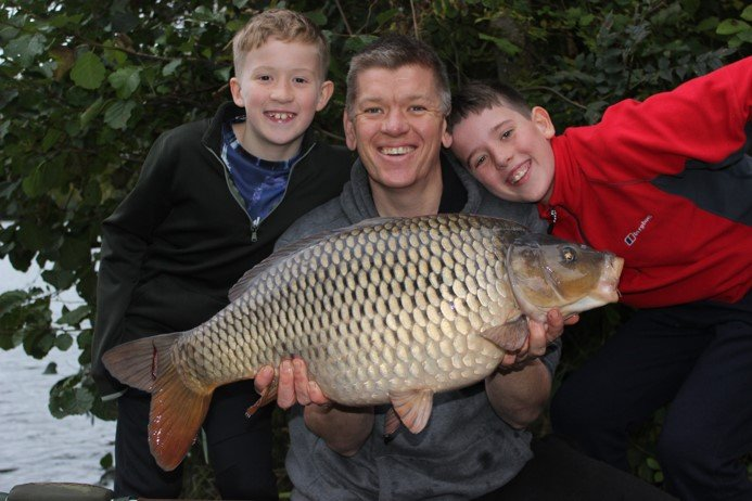 Ian with Tom and Oliver and a 22lb Common.jpg