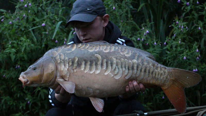 Jacob Gale with a stunning 21-04 Linear Mirror from Cherry Springs