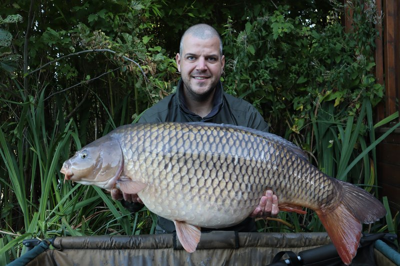 James Hine with his new PB Common, a chunk at 37-02