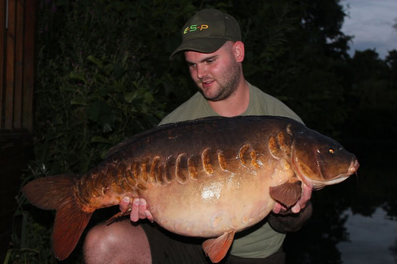 Joe Baker became the 100th member of Cherry Lakes 30+ club when he landed this stunning 35-04 Mirror