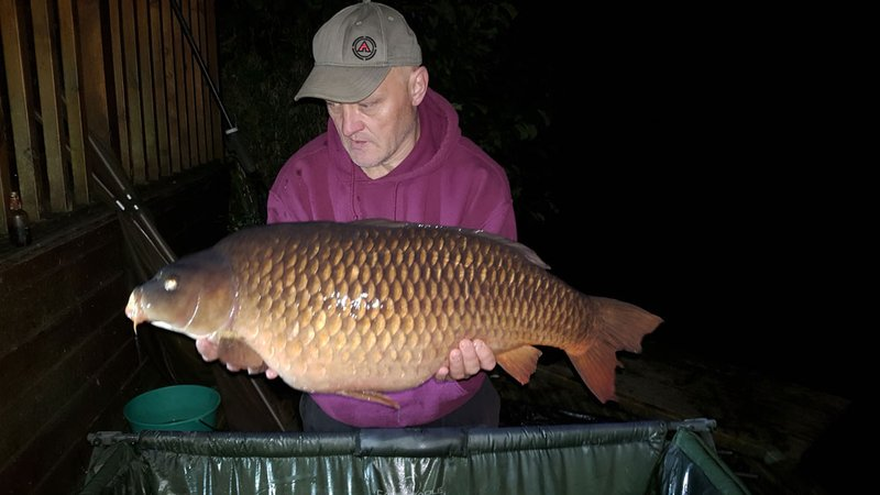Larry Jackson with a 31-08 Cherry Lake Common from Grebe Lodge.