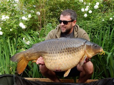 Lee Hodgkinson.  Common 38-08. Cherry Lake