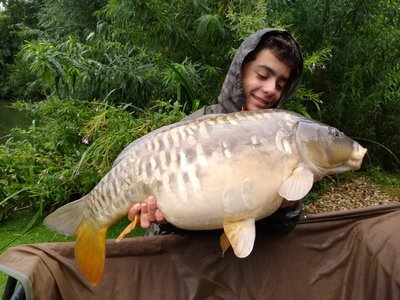 Leon Alam with his biggest of the week. A Mirror of 24-04