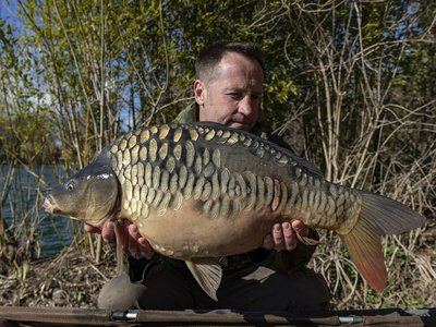 Leon Sprague with an impressive Cherry Lake Mirror of 21lb