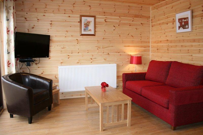 Lodge Lounge.JPG