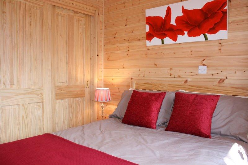 Lodge bedroom.JPG