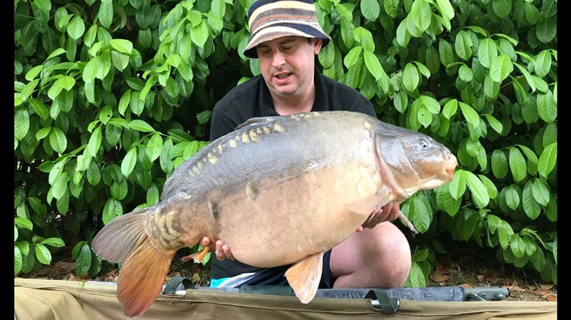 Matthew Blinston with a 27-08 Cherry Lake Mirror which has clearly been on the feed!