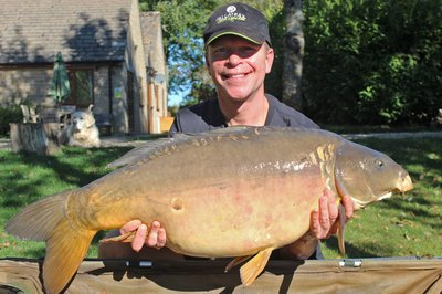Neil Carey became the 111th member of the Cherry Lake 30+ club with this Mirror of 33-08