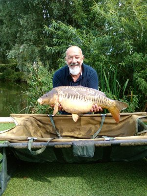 Paul Rolfe with 22lb mirror from Kingfisher