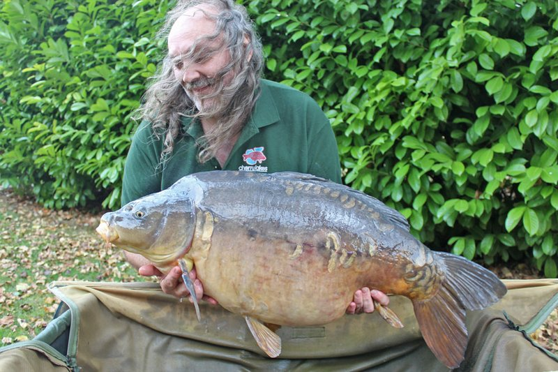 Paul Mitchell was 'over the moon' with his new PB and Cherry Lake record. A 44lb monster Mirror Carp called 'Dick'..
