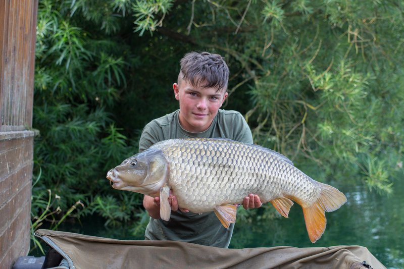Tom with a lovely Cherry Lake Common of 24-04